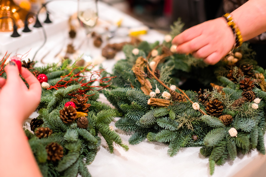 Holiday Wreath Workshop at Vince