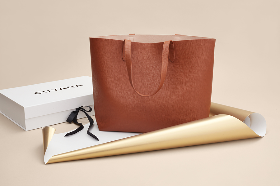 Complimentary Monogramming at Cuyana