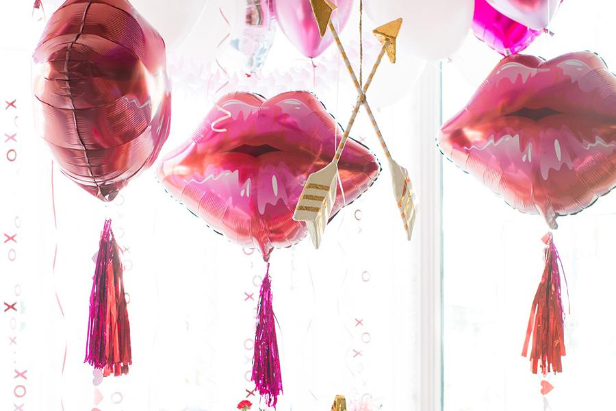 Valentine's Day Balloons at Bonjour Fête