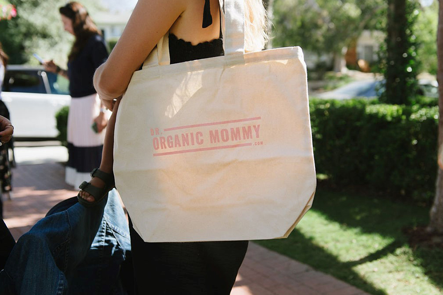 Dr. Organic Mommy with mini mioche
